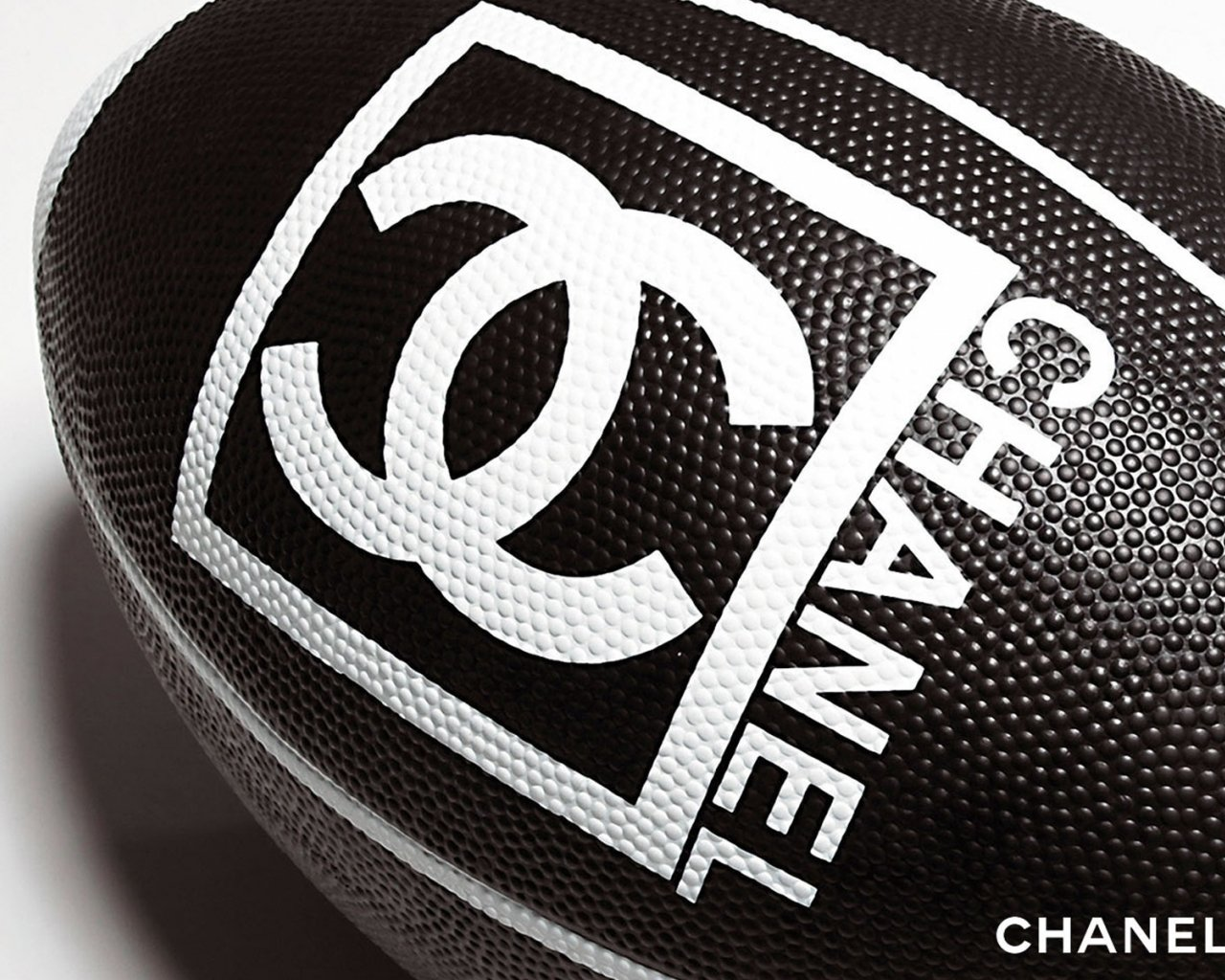Download Wallpaper chanel ball rugby HD Background 1280x1024