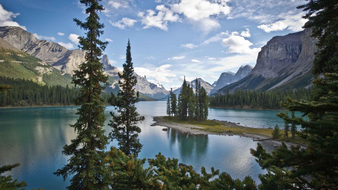 Download Wallpaper Canada landscape   1366x768 1366x768