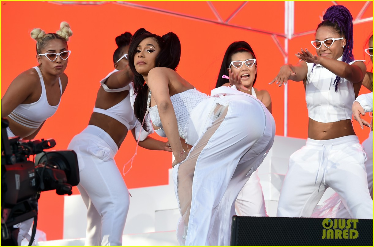 Pregnant Cardi B Brings the Party to Coachella 2018 With Chance 1222x808