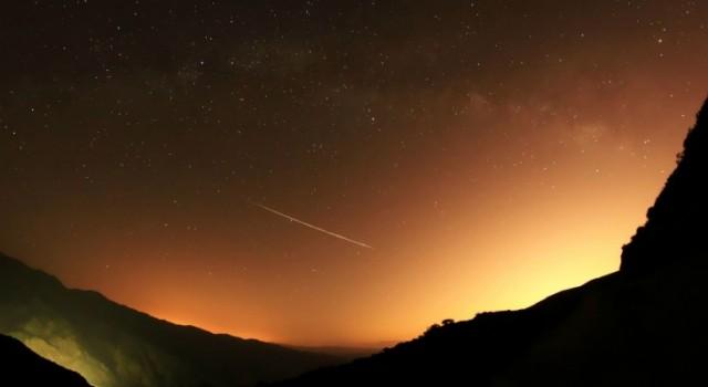 shooting star wallpaper 640x350