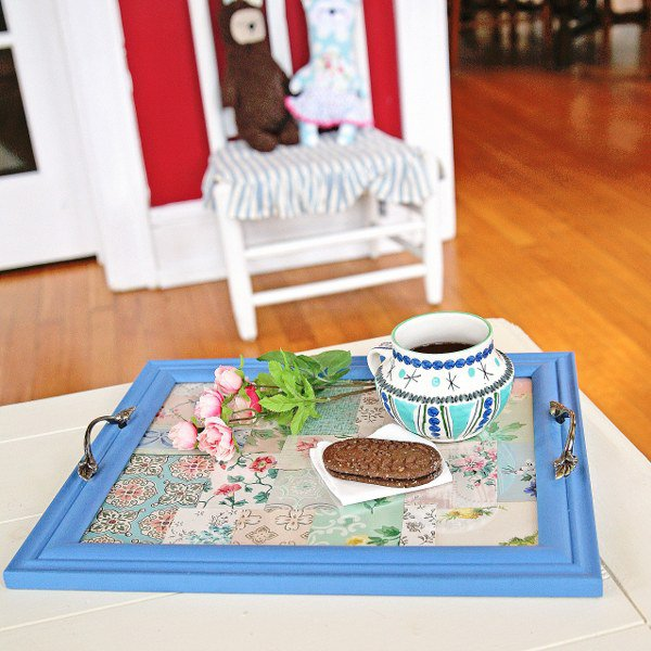 DIY Vintage Wallpaper Tray 600x600