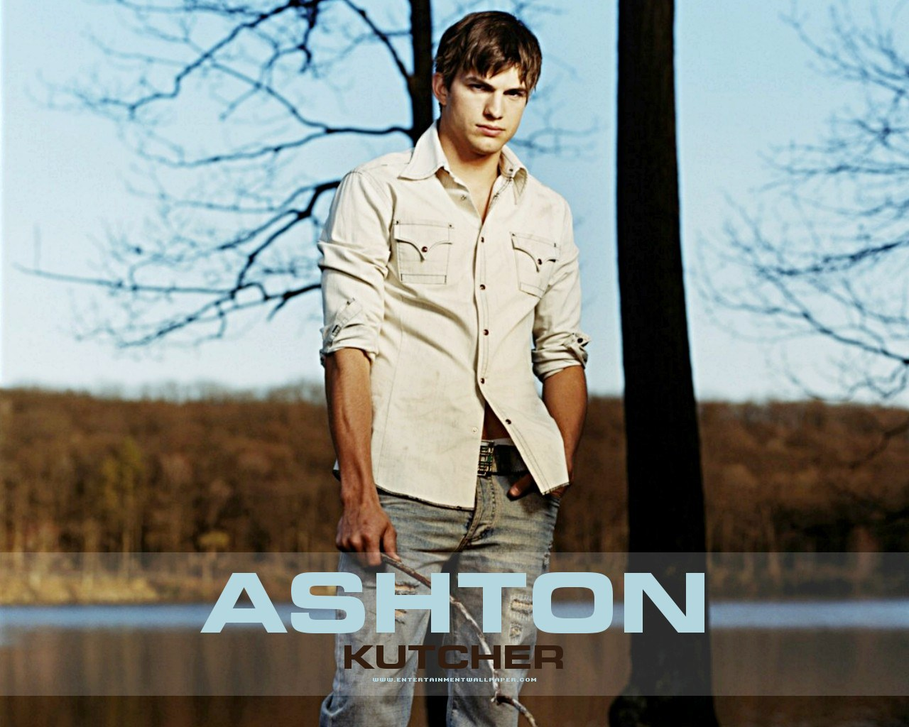 Ashton Kutch HD Wallpaper Background Images 1280x1024