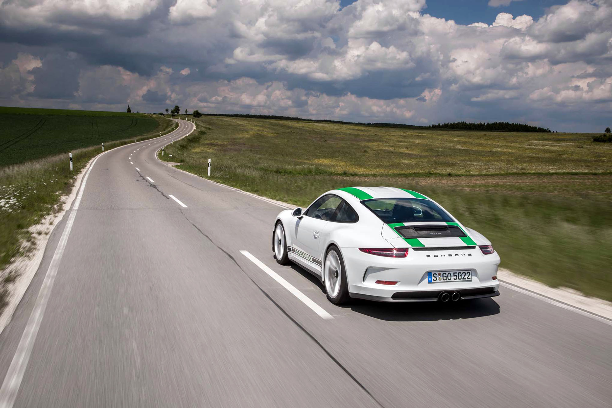 2016 Porsche 911 R Widescreen Wallpaper HD Car Wallpapers 2000x1333