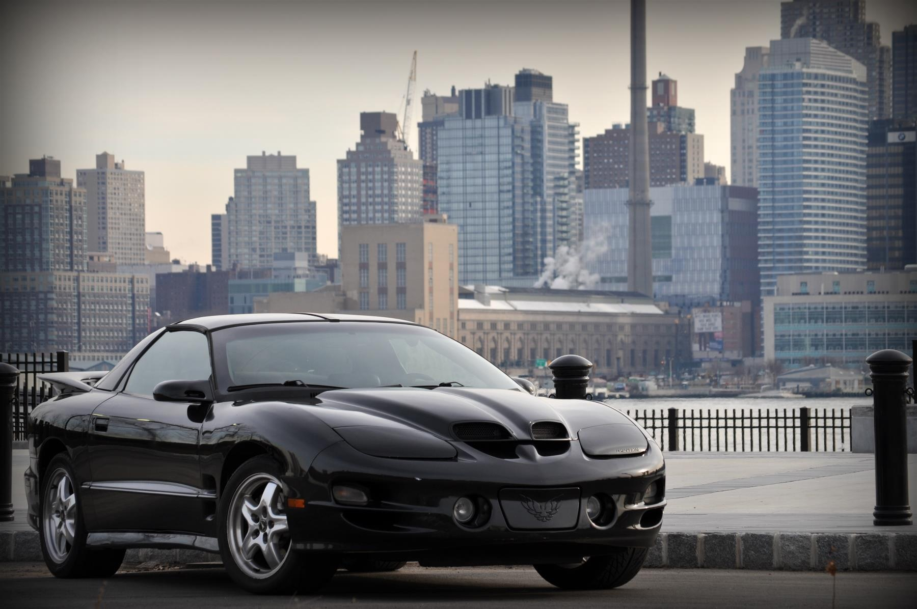WS6 with NYC backdrop and other wallpaper quality   LS1TECH 1800x1196