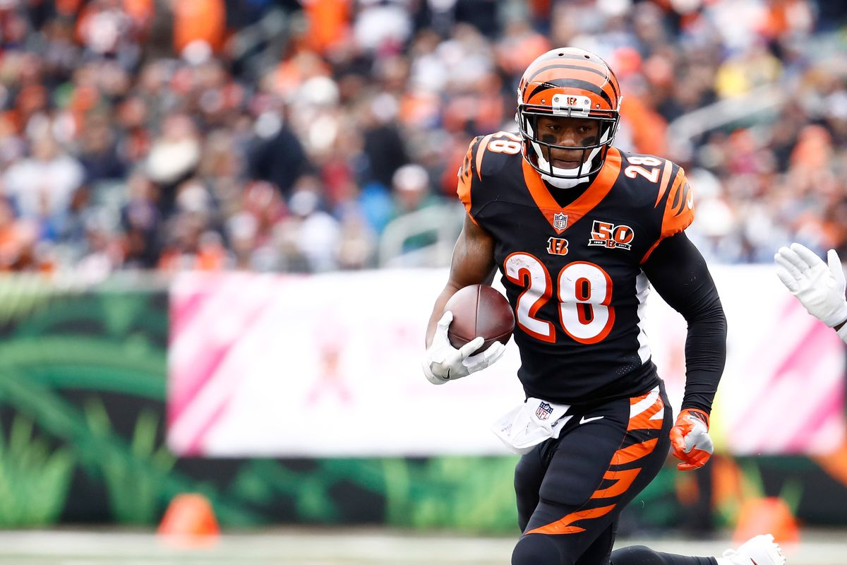 Bengals RB Joe Mixon celebrates touchdown with Milly Rock vs 1200x800