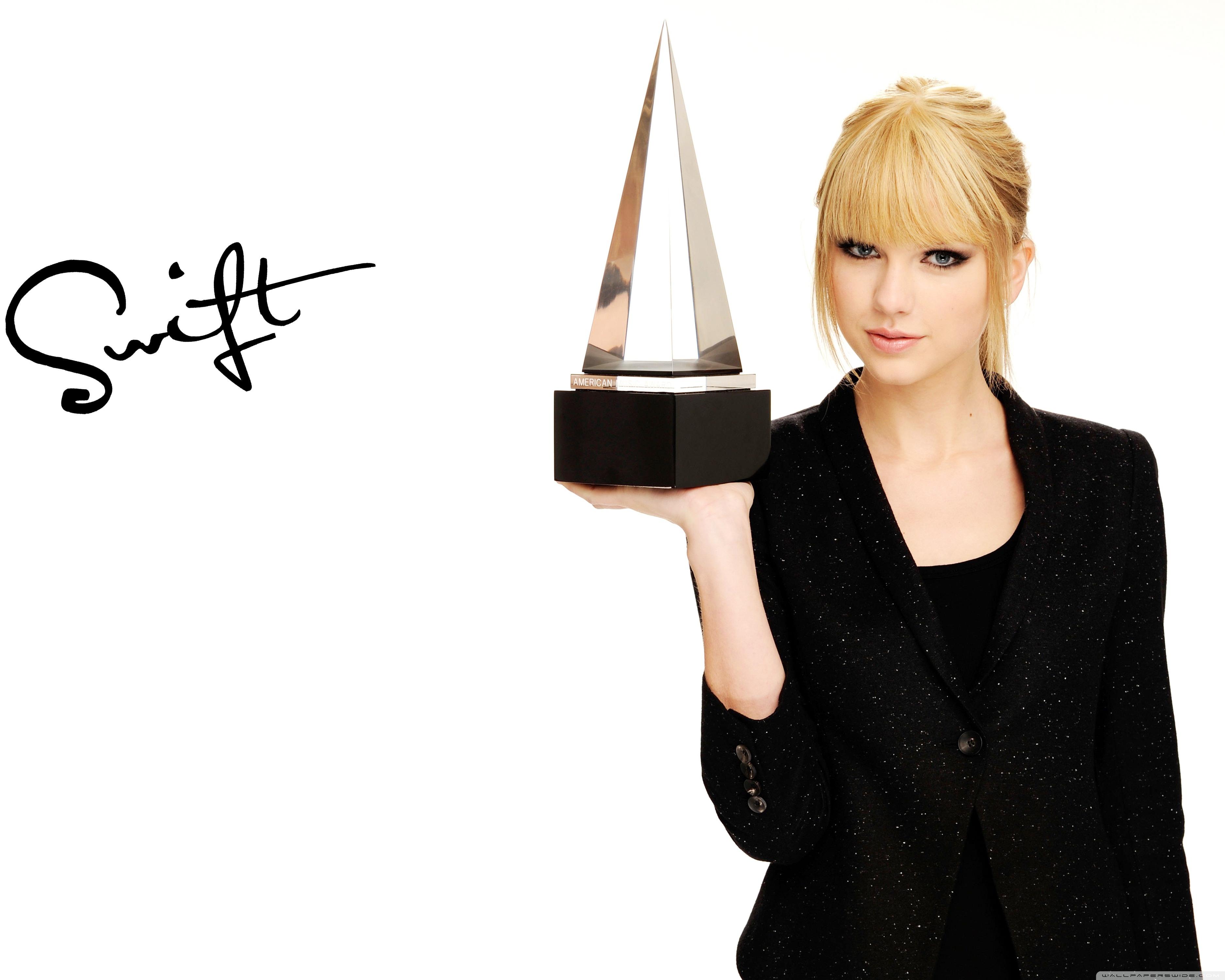 Taylor Swift American Music Awards 4K HD Desktop Wallpaper for 3750x3000
