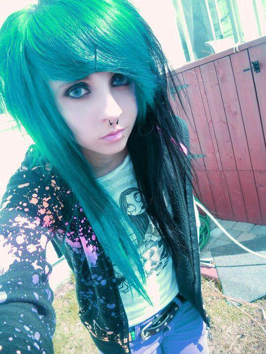 Emo Girls HD Wallpapers Pictures Images Backgrounds Photos 540x720
