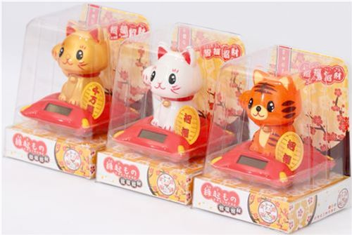 Lucky Cat Mousepad by kazashiya   FROBLOG 500x335