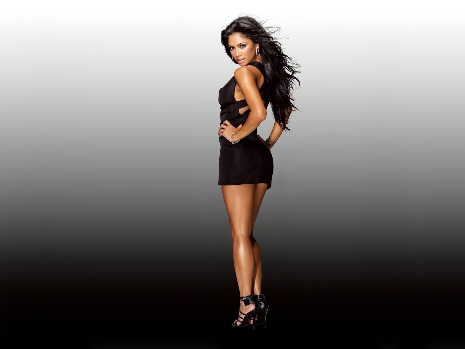 Nicole nice legs   Nicole Scherzinger Wallpaper 22039846 1600x1200
