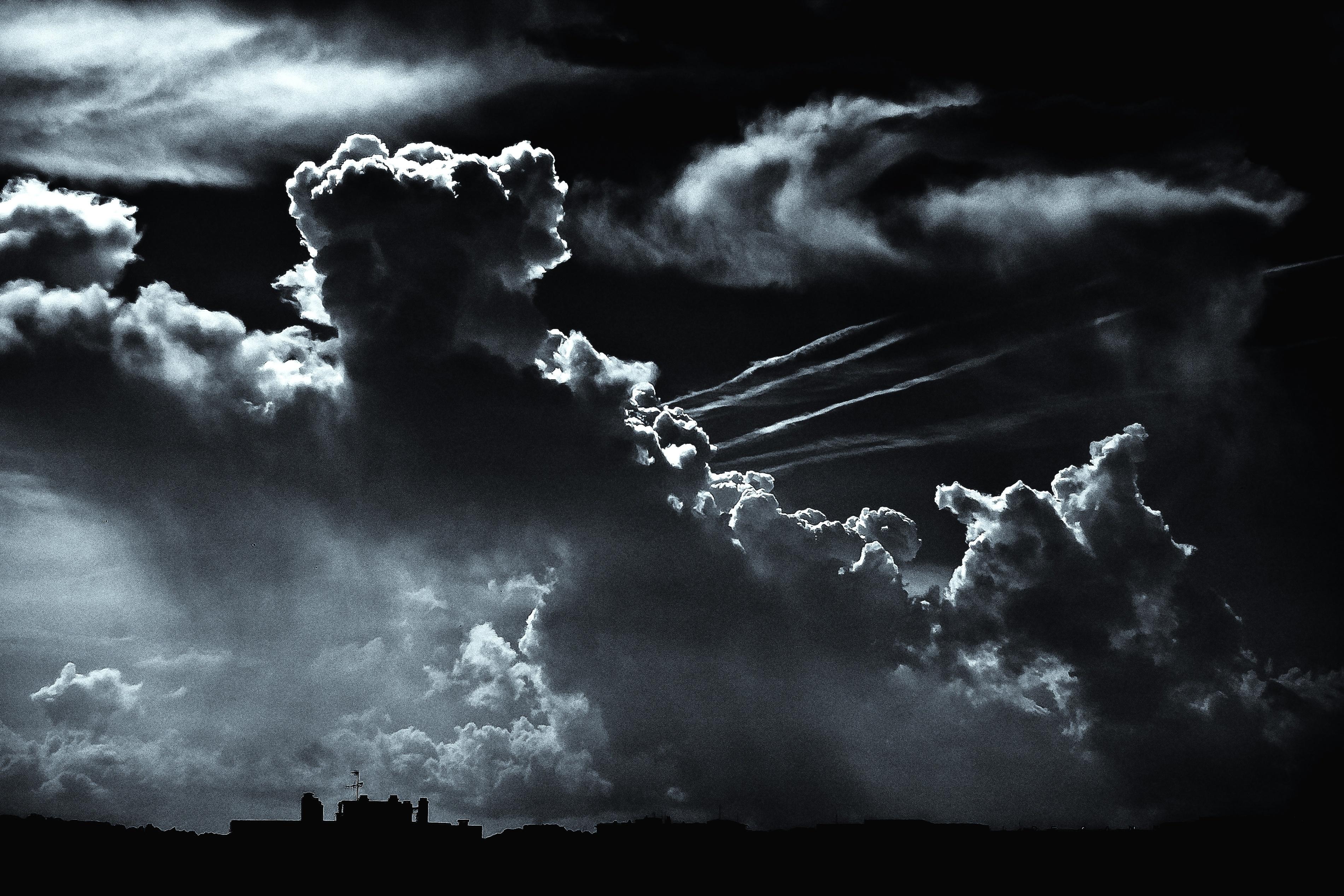 Dark Sky Wallpaper 3802x2534