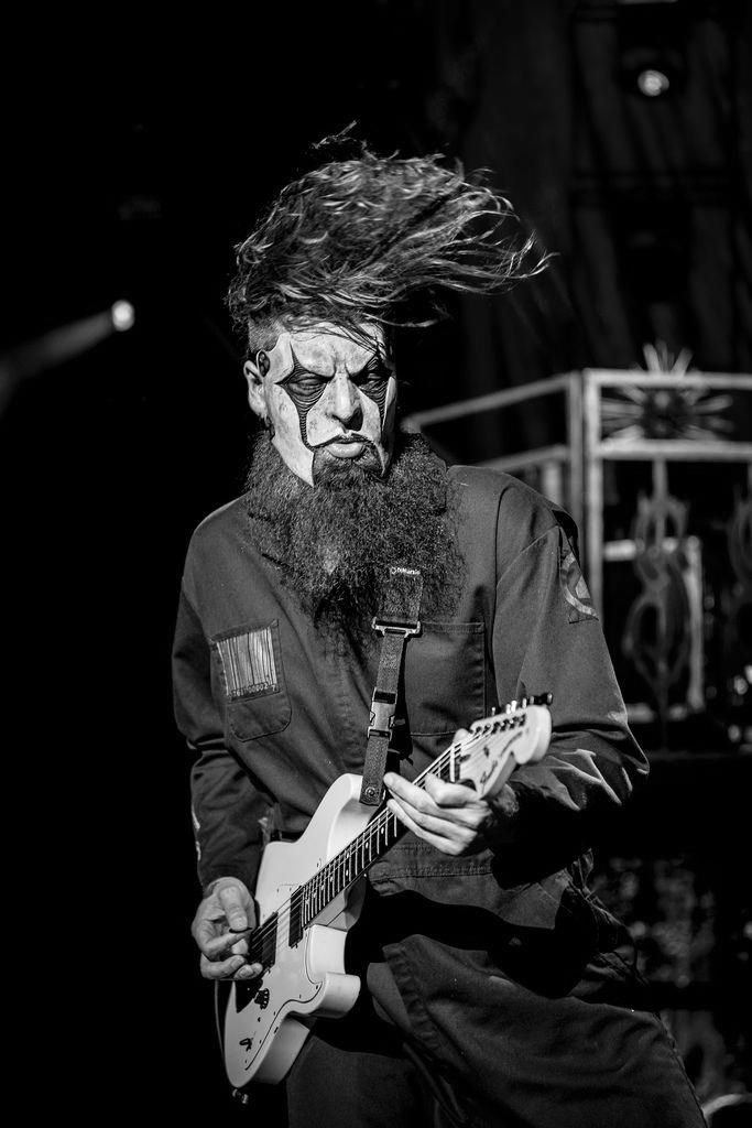 Pin by Kai on Jim Root 4 Slipknot Slipknot lyrics Slipknot band 683x1024