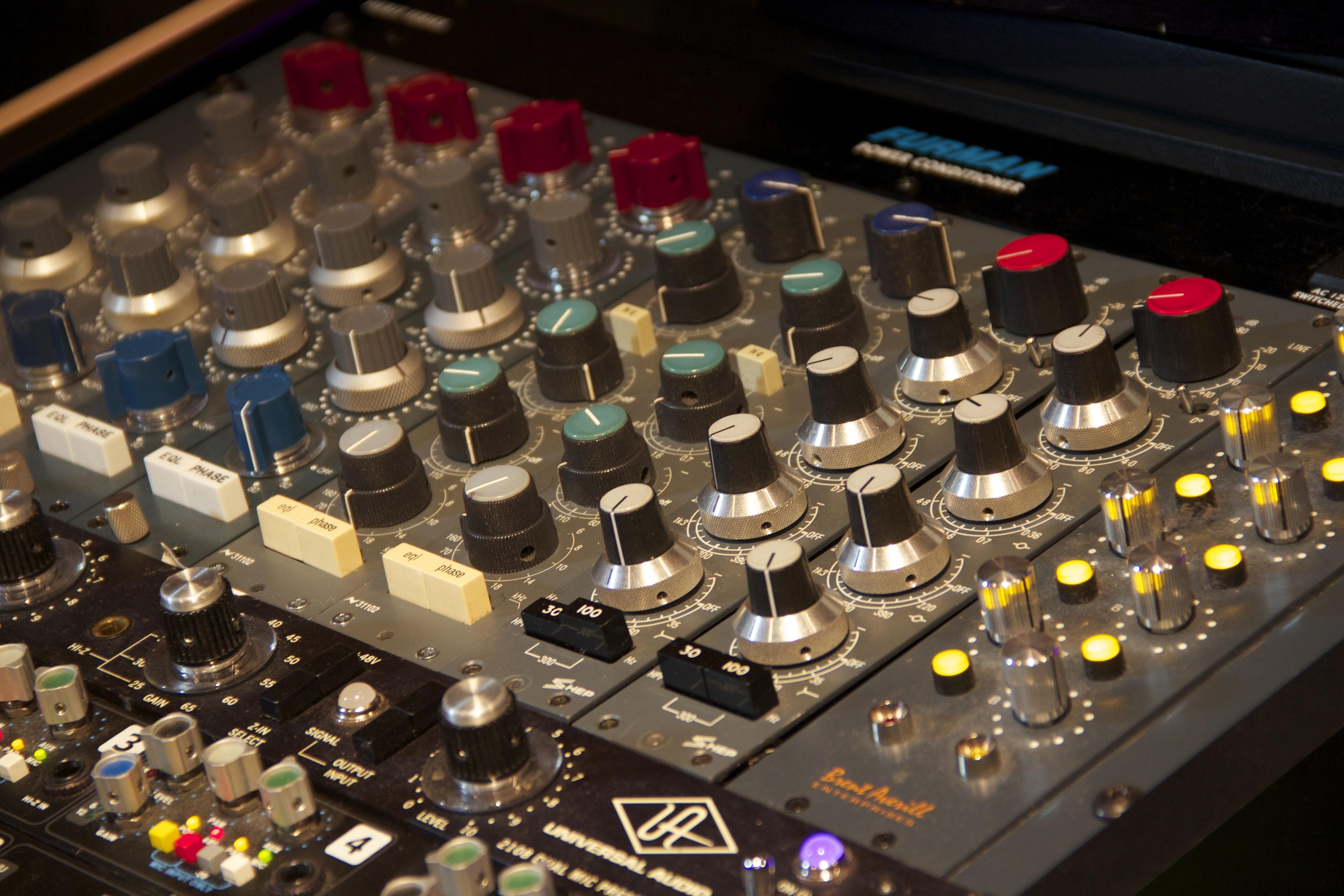 Synthesizer 5k Retina Ultra Hd Wallpaper   Electronics Hd 5200x3467