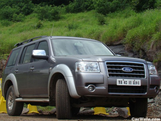 Ford Endeavour 2013 Wallpaper 550x413