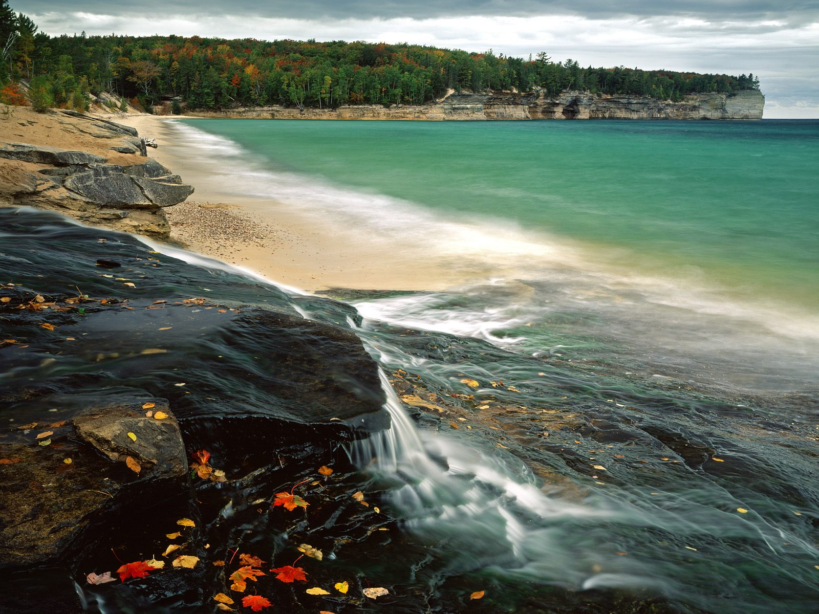 Michigan   Nature Wallpaper Image featuring Beaches And Coasts 1600x1200
