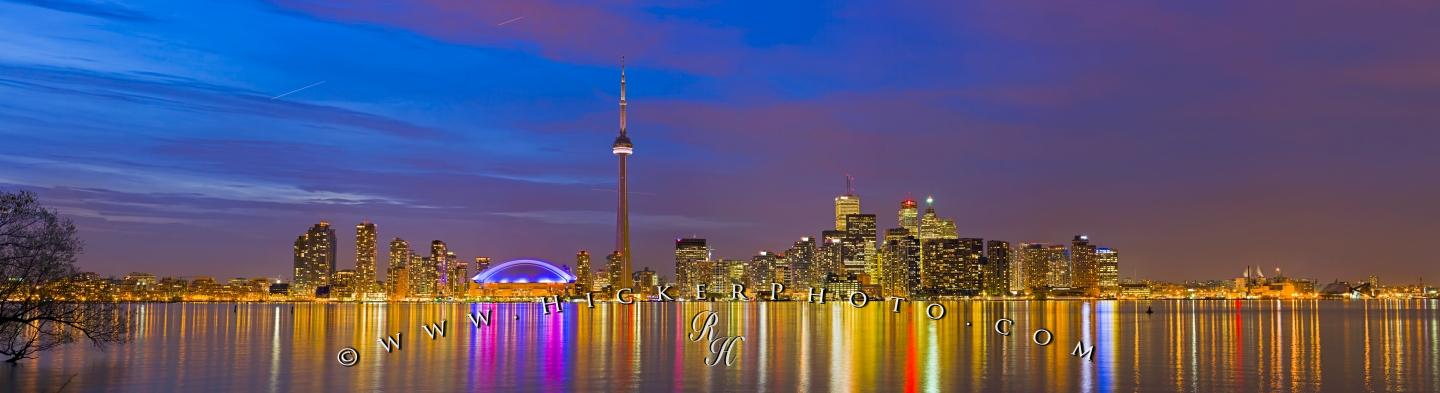 Probably the most impressive skyline in Canada is the Toronto skyline 1440x393