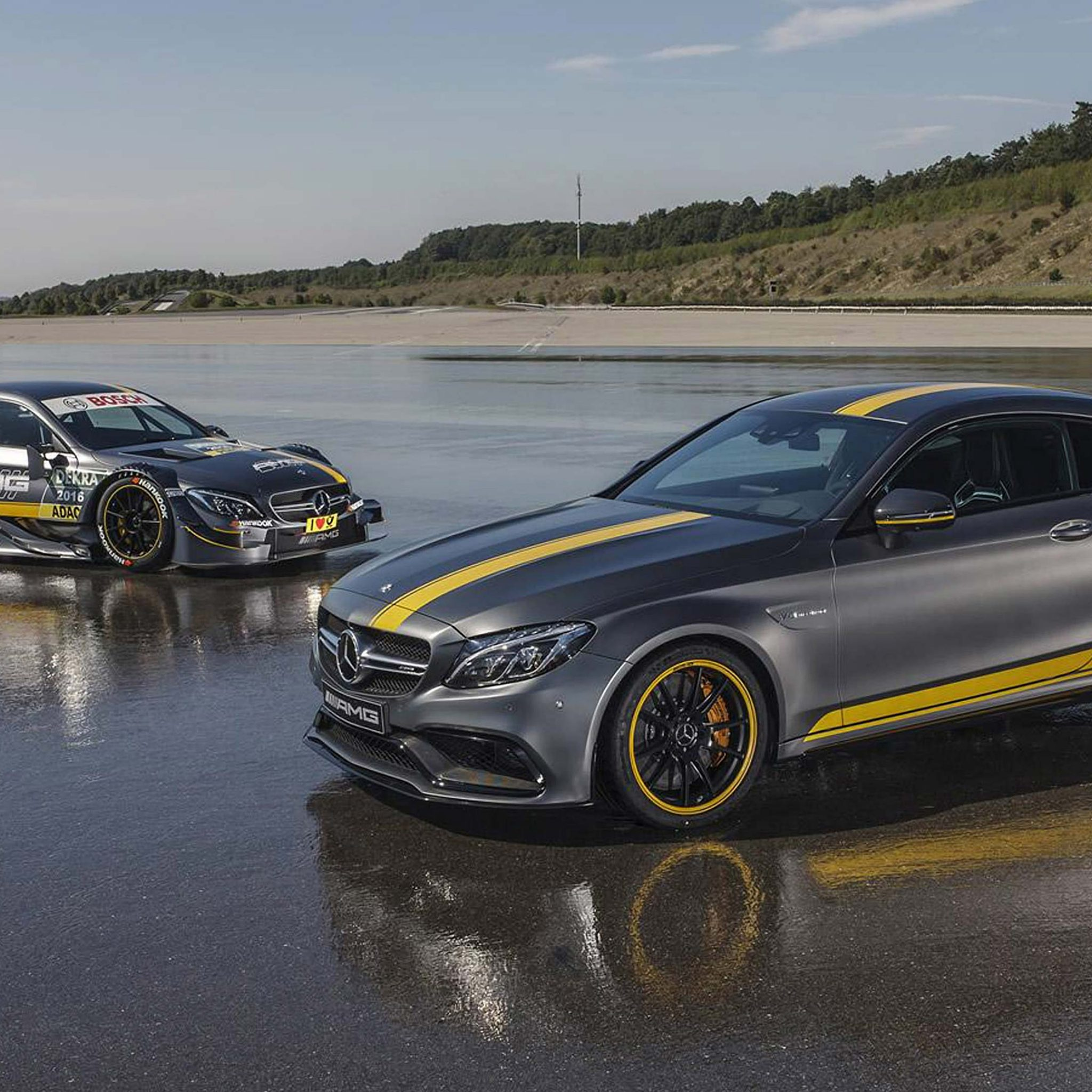 Mercedes AMG C63 Coupe 4k dual screen wallpaper   HD 2048x2048