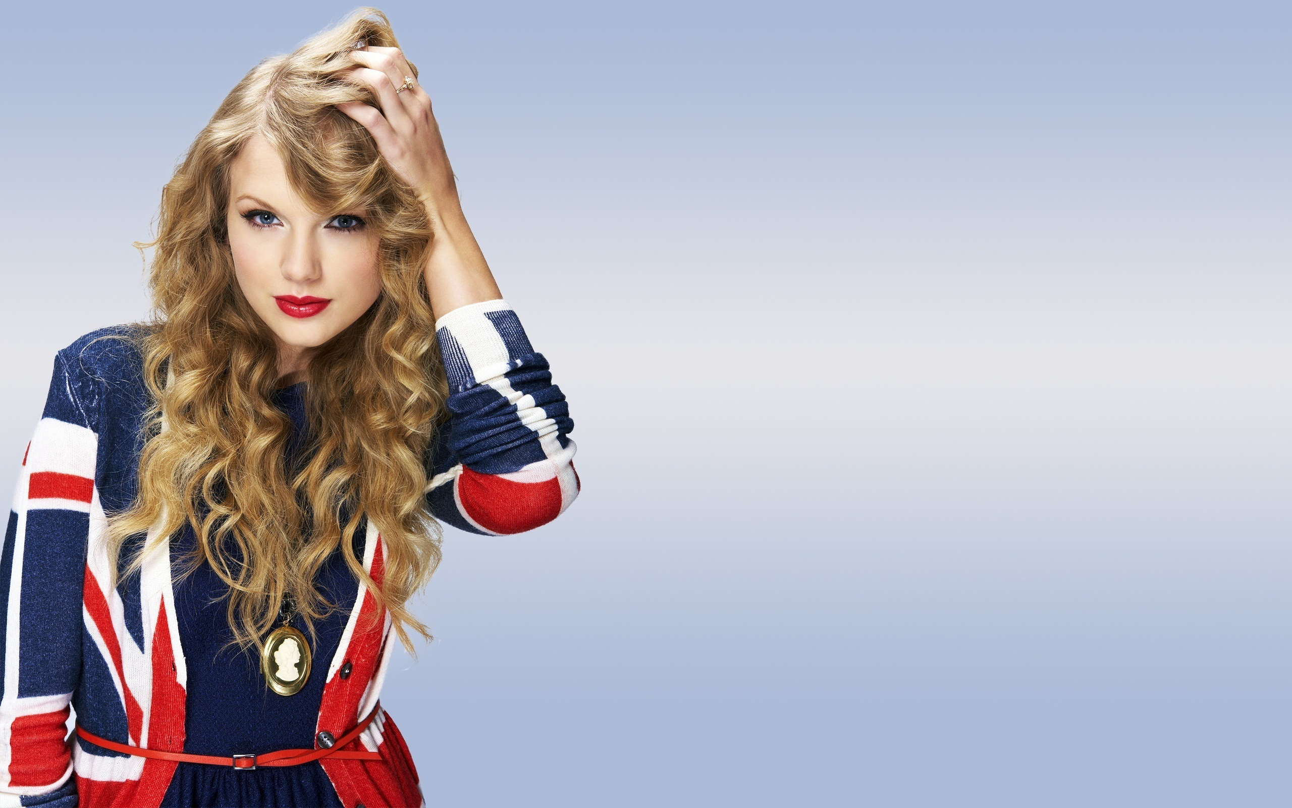Blonde Unschuld 1989: Taylor Swift 1366x768 Free Wallpapers