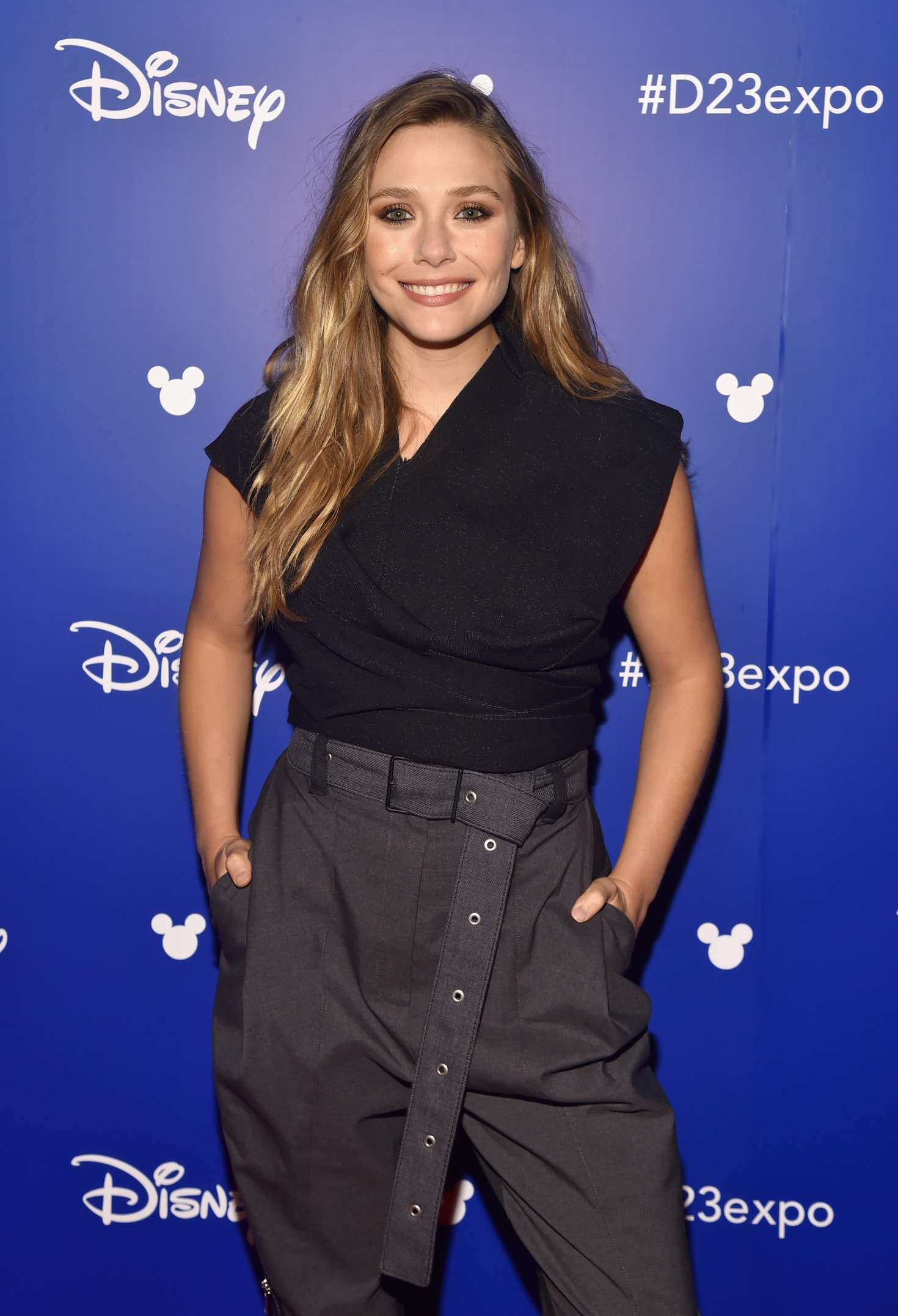 Elizabeth Olsen Disneys D23 EXPO 2017 in Anaheim  01 1470x2153