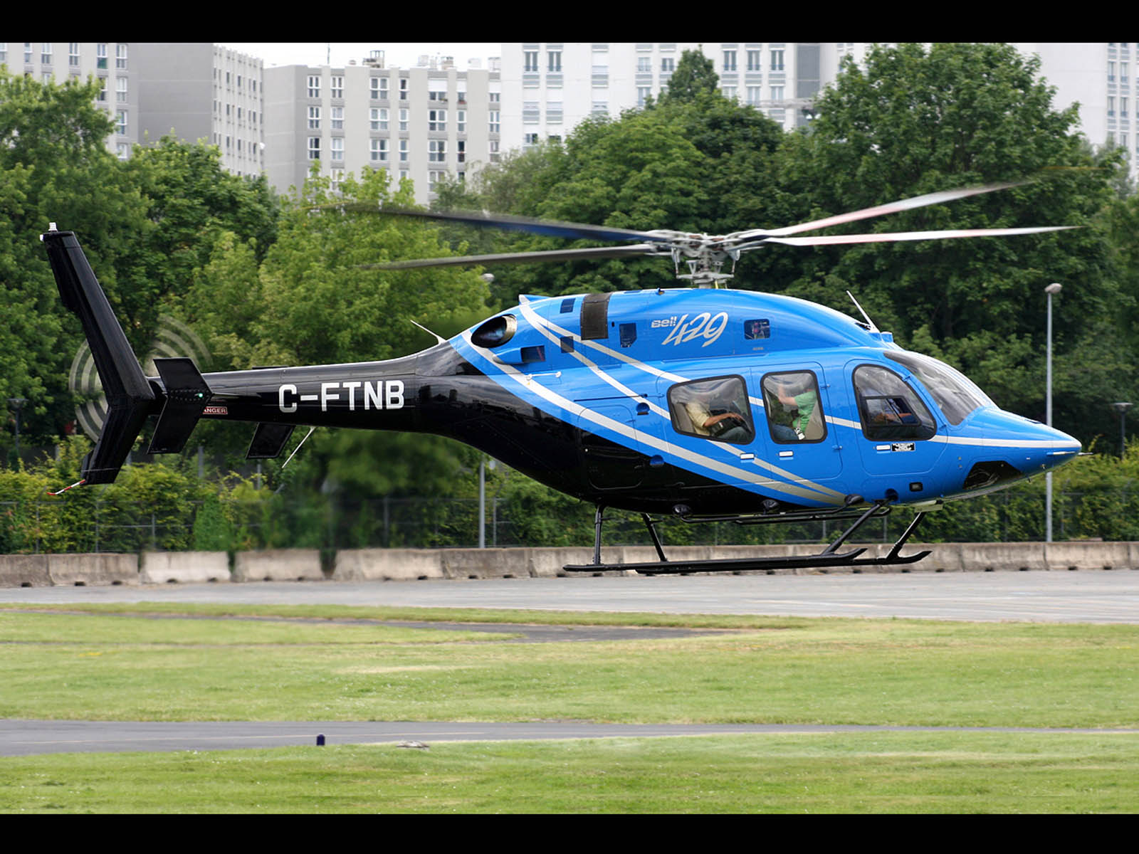 wallpapers bell 429 globalranger helicopter desktop wallpapers bell 1600x1200