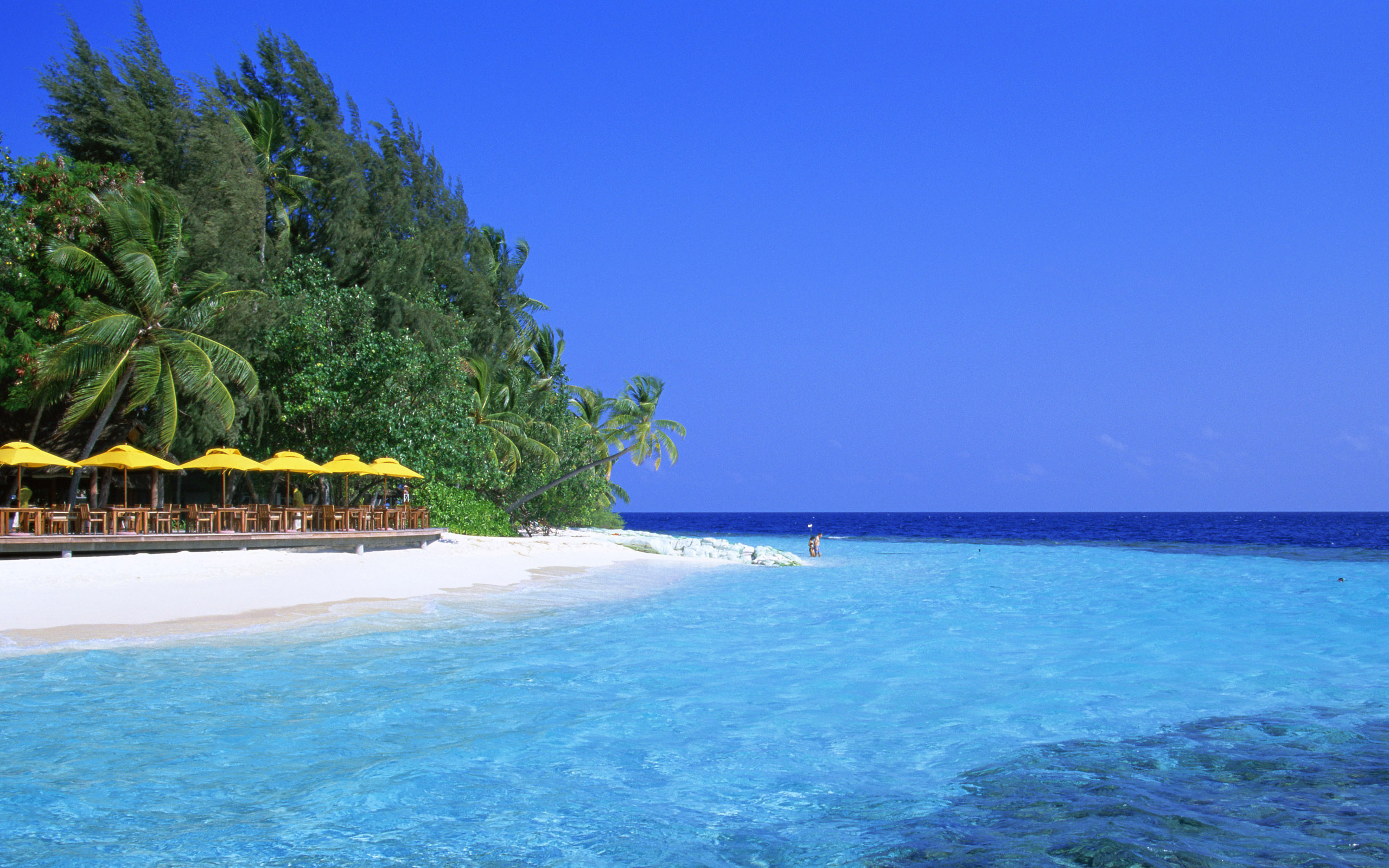 Blue Water Beach Wallpapers HD Wallpapers 2560x1600