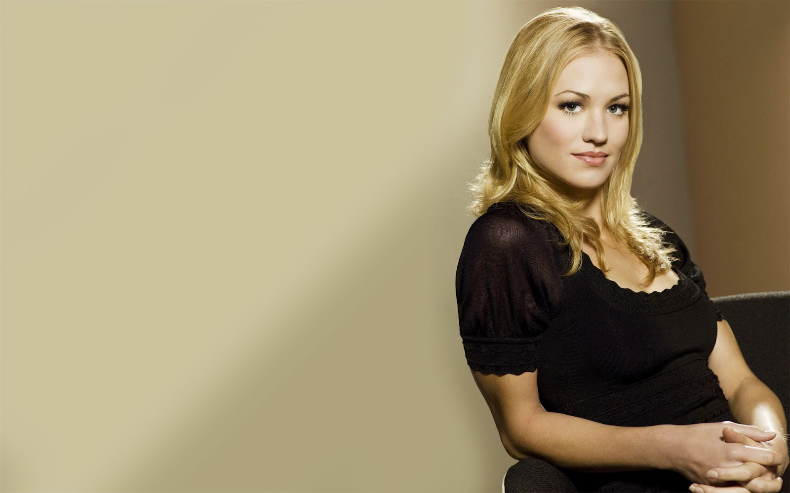 High Defenintion Wallpapers THE YVONNE STRAHOVSKI WALLPAPERS 1600x1000