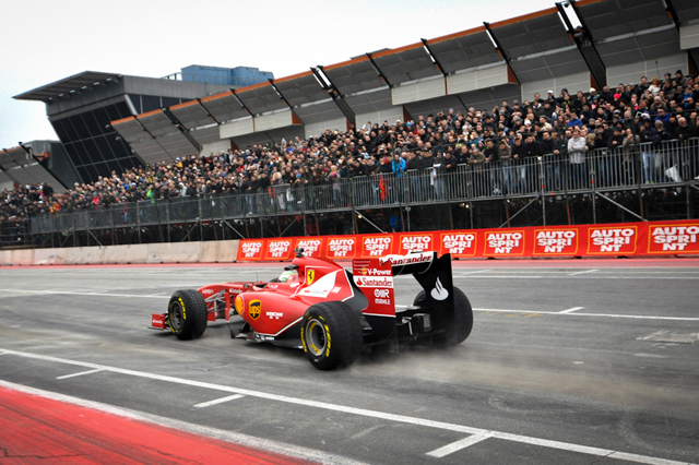 Formula 1 Wallpaper Ferrari 2015 1 640x426