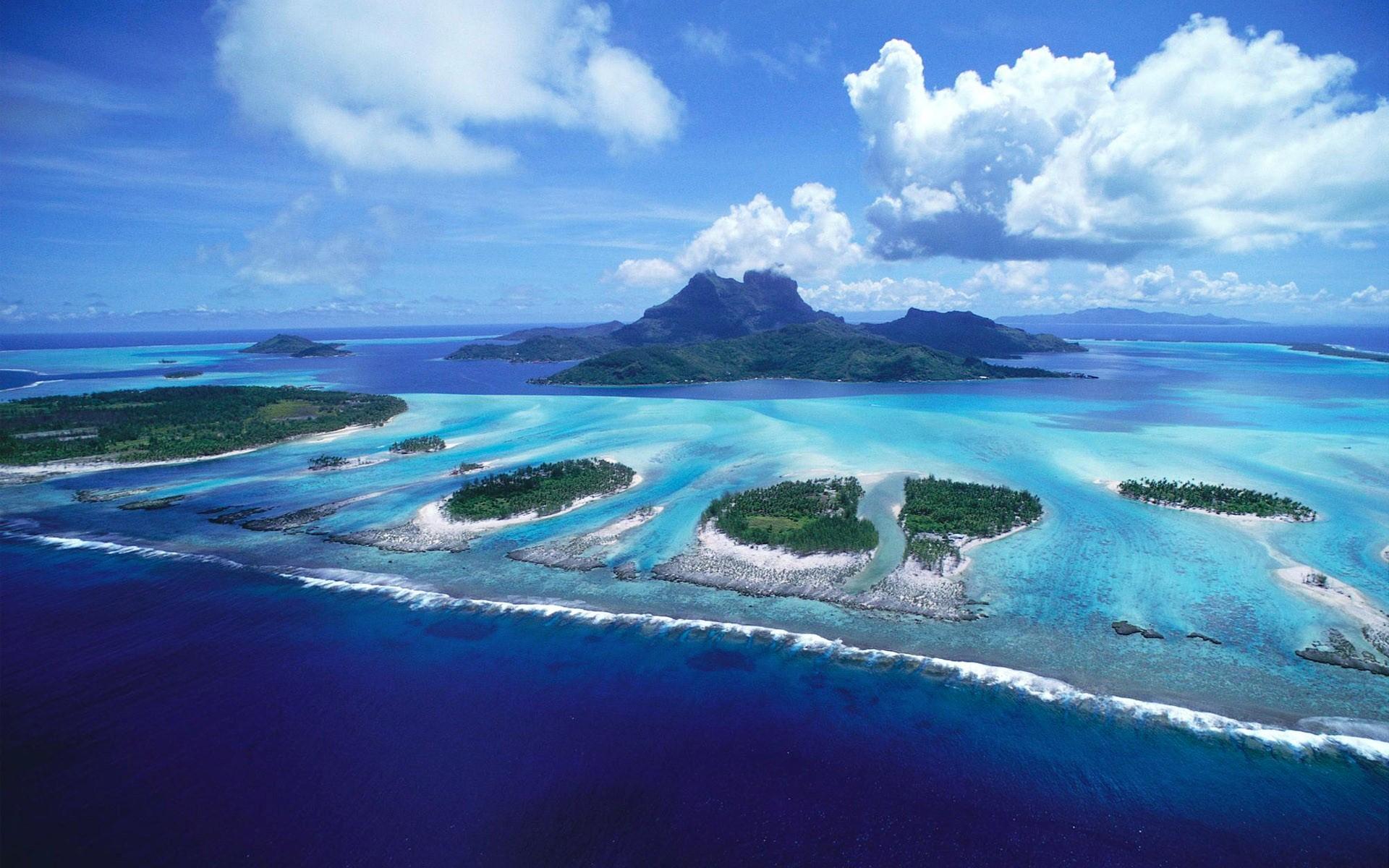 Bora Bora Beautiful Island in French Polynesia HD Wallpaper HD 1920x1200