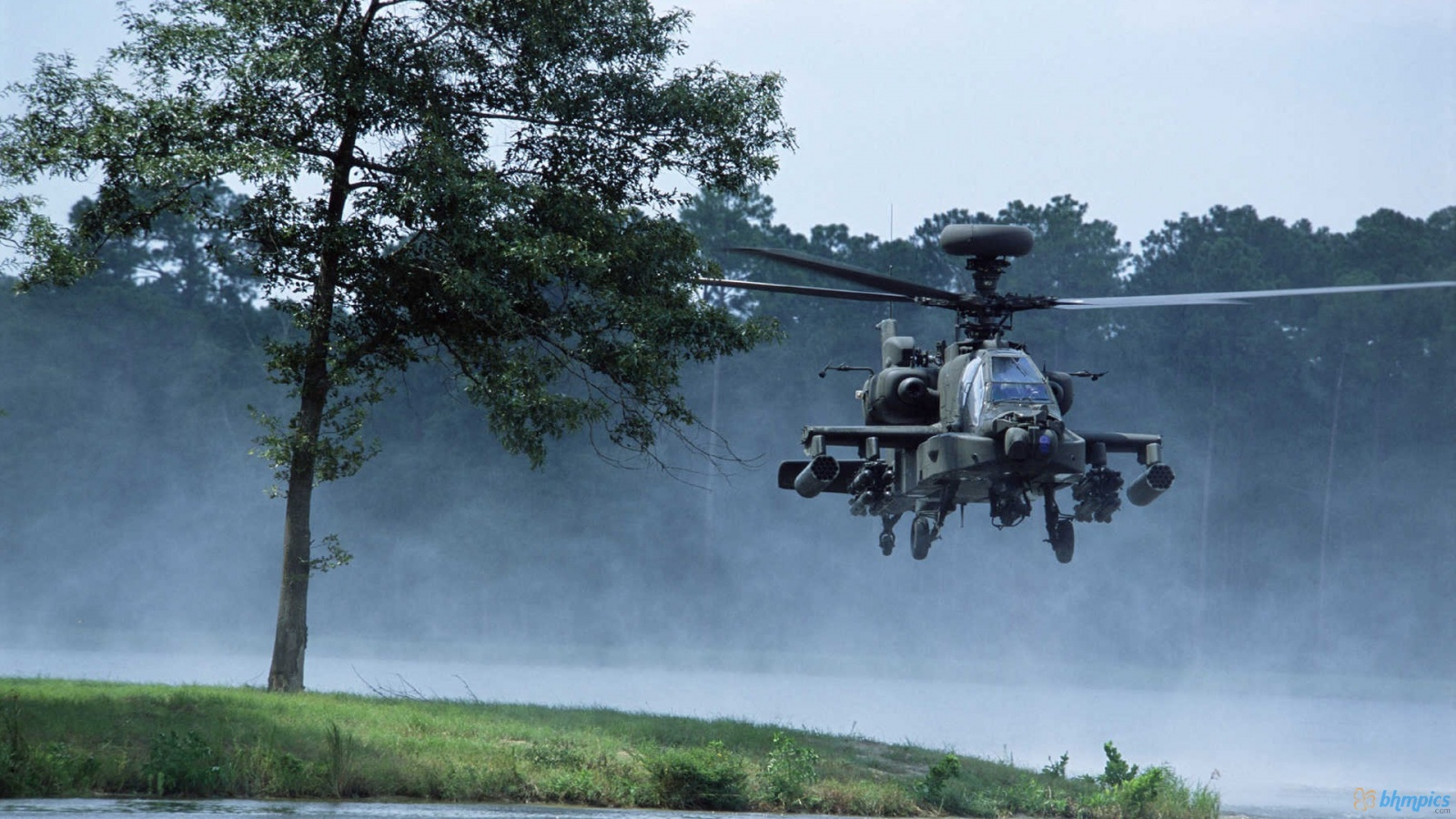 Apache Helicopter HD Wallpaper Res in high quality wallpaper desktop 1600x900
