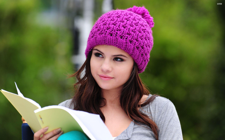 Selena Gomez HD Images 06314   Baltana 2880x1800