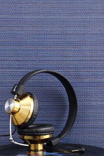 SYMPHONY Crown Wallpaper Fabrics Toronto Vancouver Montreal 358x540