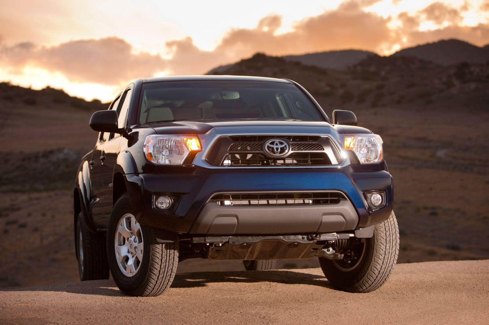 Toyota Tacoma Interior 23858 Hd Wallpapers in Cars   Imagescicom 1600x1066