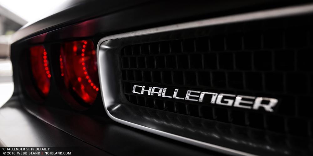 Cars Wallpapers Dodge Challenger SRT8 Logo Best Wallpaperss 9596 1000x500