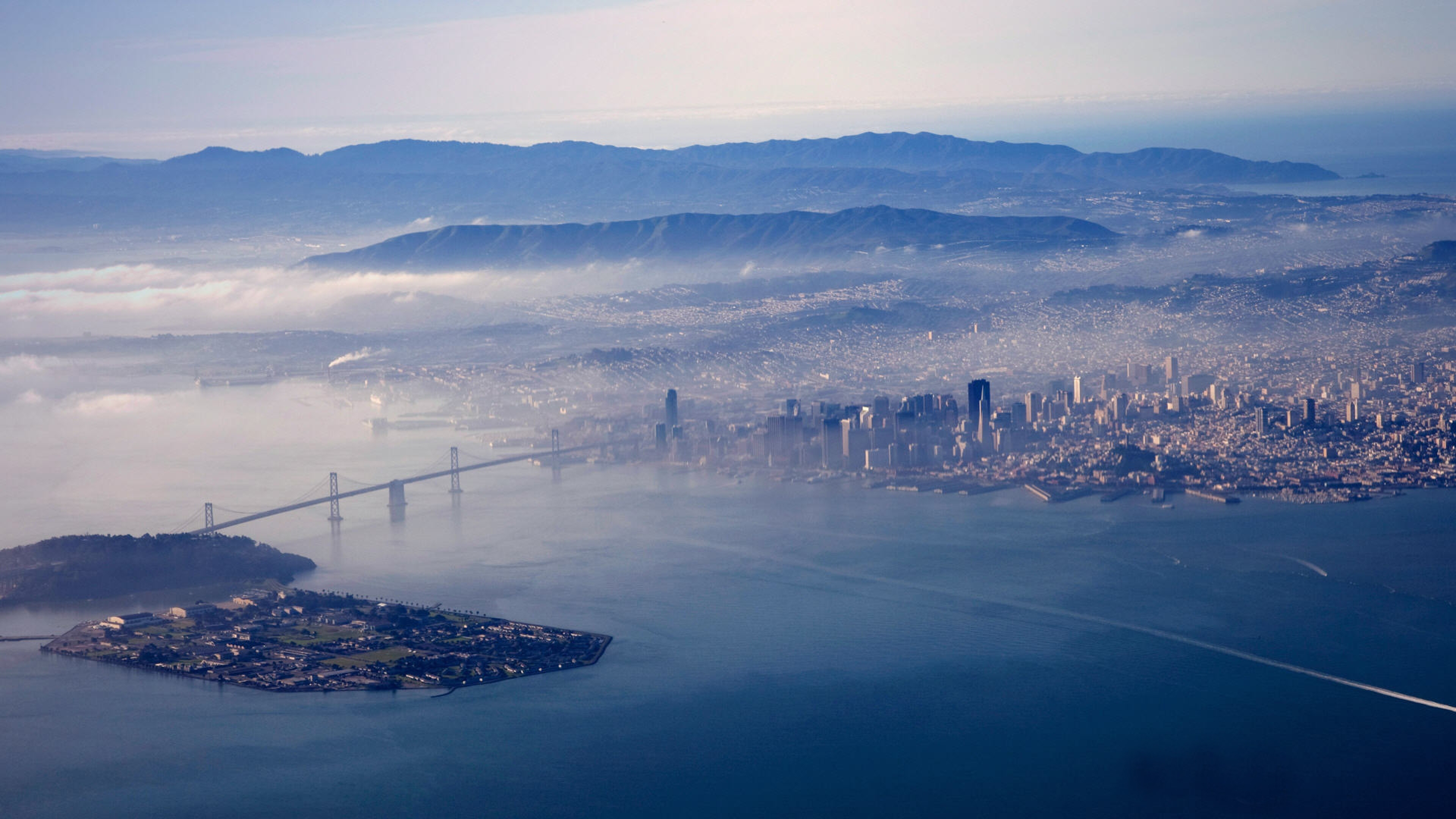 Aerial view San francisco Sky Fog Wallpaper Background 4K Ultra HD 3840x2160
