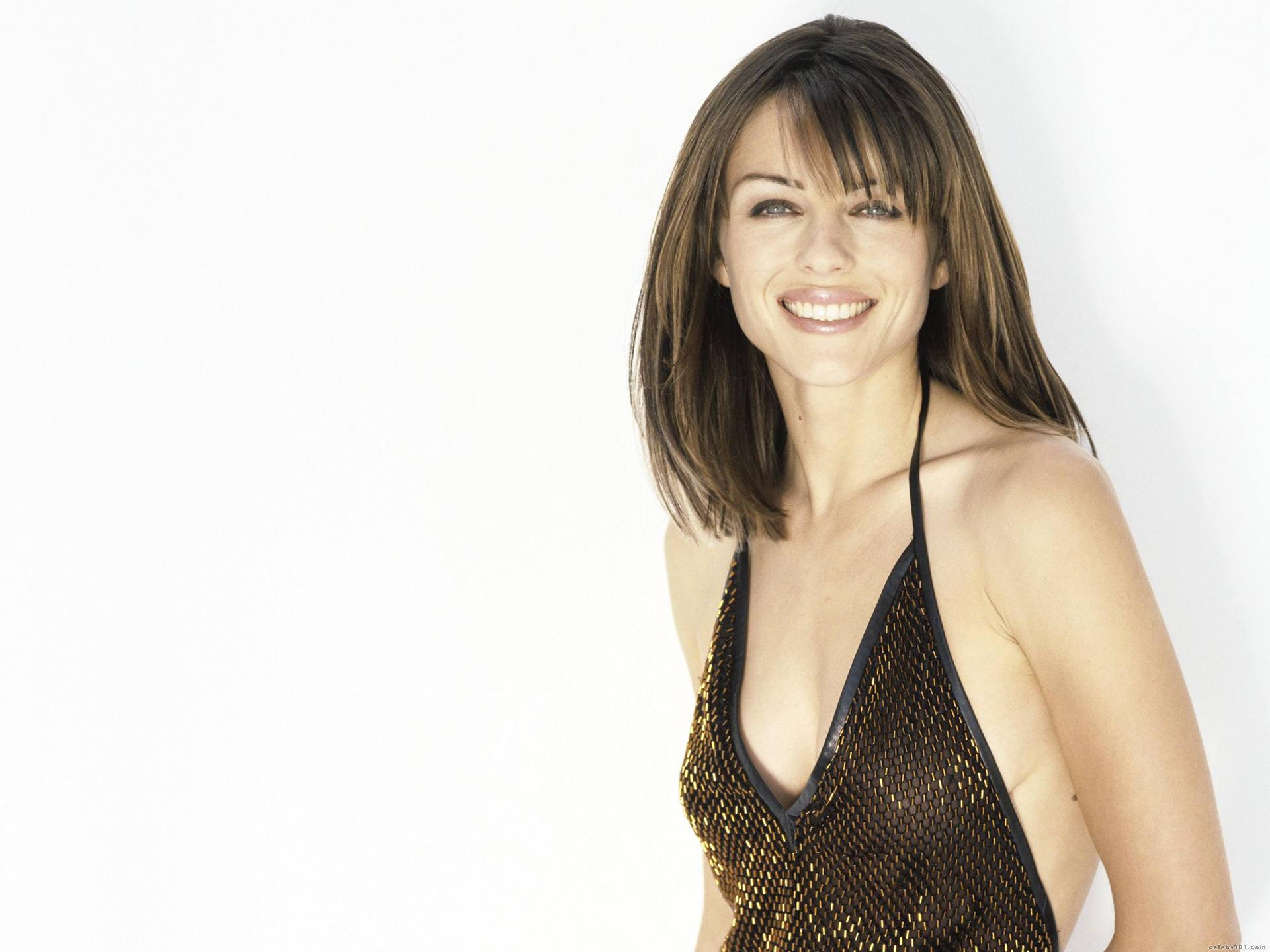 Elizabeth Hurley High quality wallpaper size 1920x1440 of 1920x1440