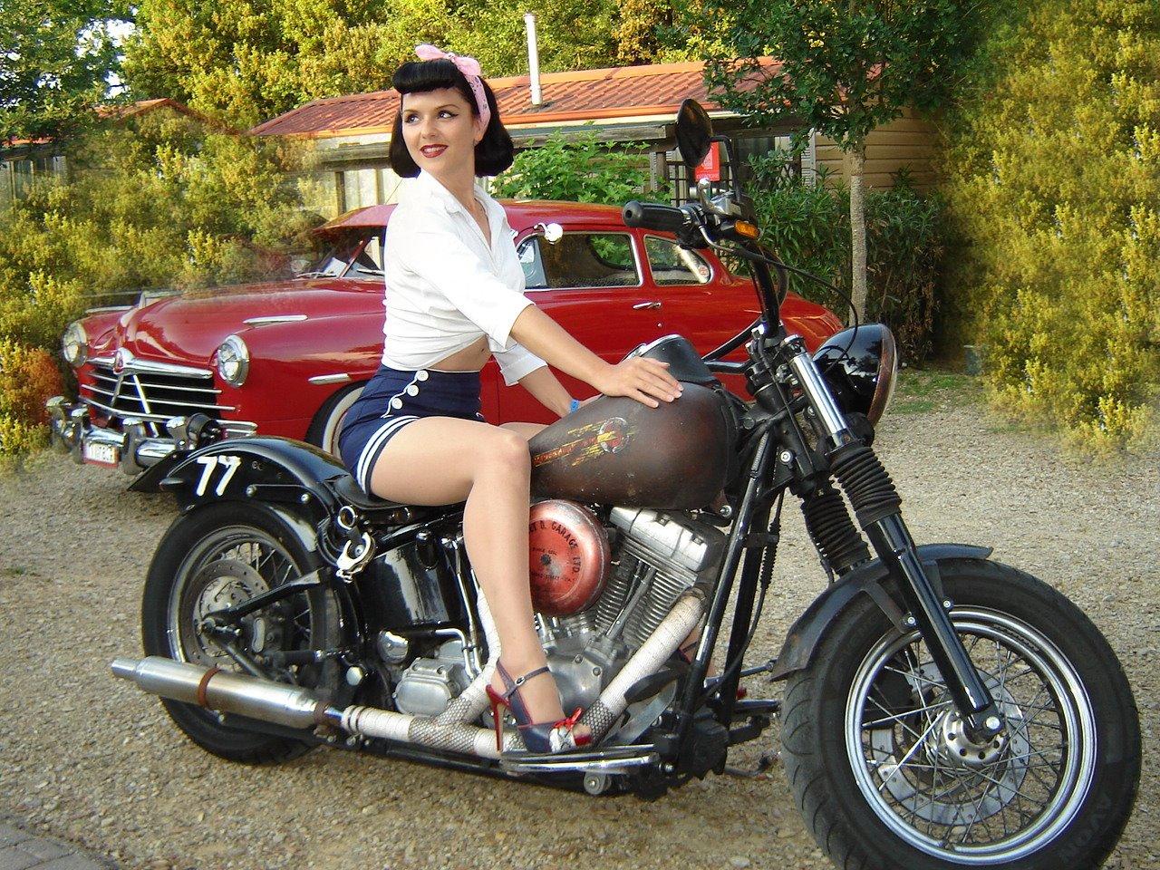 Beautiful Babe On Harley Davidson Motorcycle Wallpaper    Pin Up Girl 1280x960
