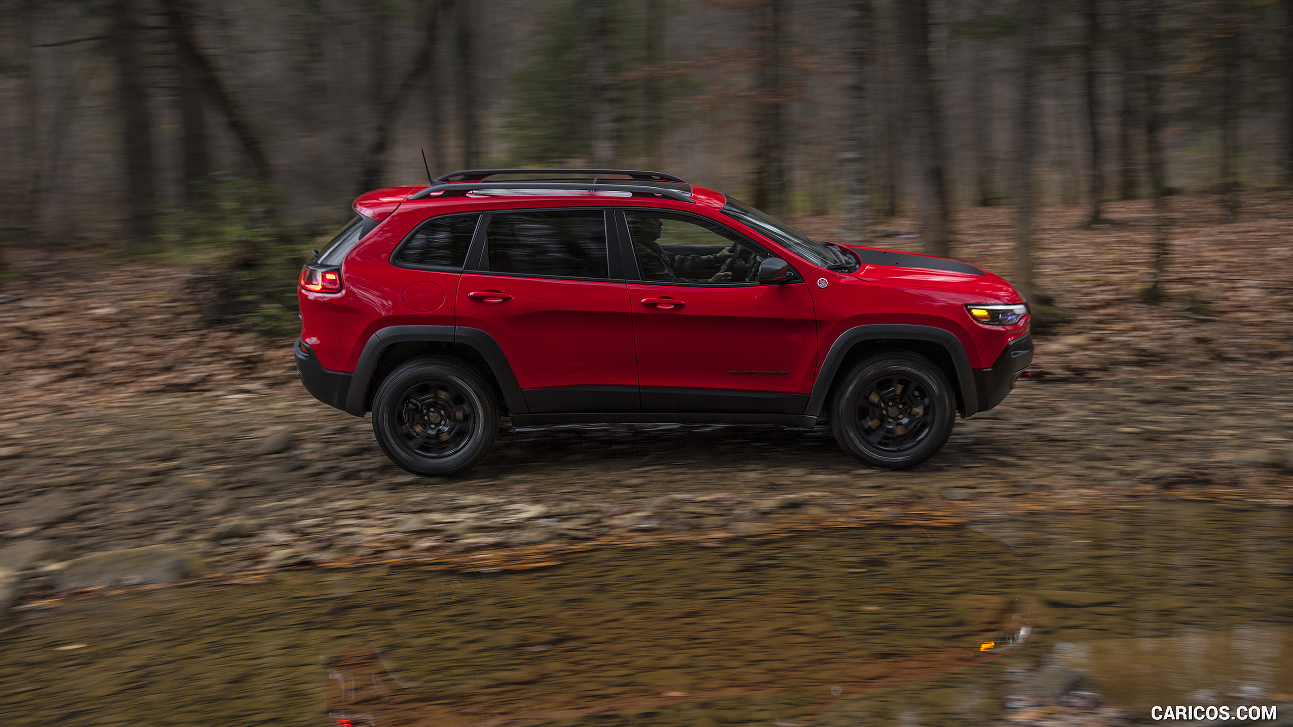 2019 Jeep Cherokee Trailhawk   Off Road HD Wallpaper 28 2560x1440