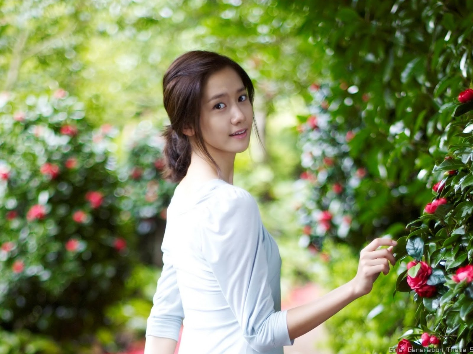 innisfree wallpaper hd snsd yoona innisfree wallpaper hd 2 1600x1200