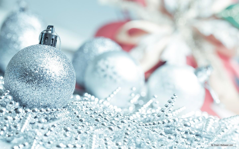 Wallpaper   Holiday wallpaper   Christmas Ornaments 5 1440x900