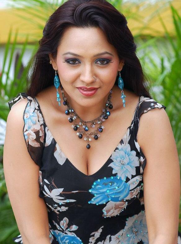 South indian actress hot photos gallery