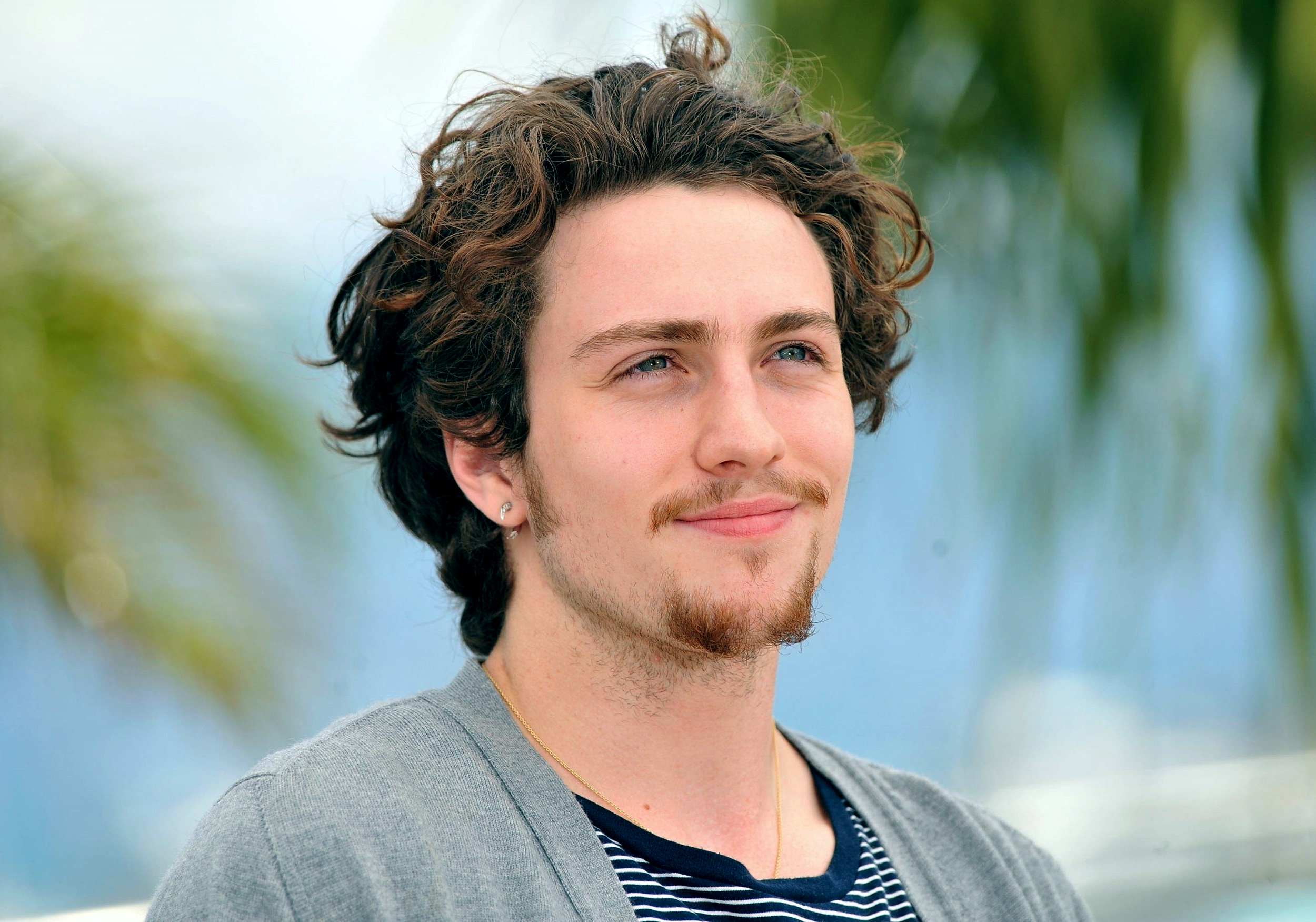 Aaron Taylor Johnson pictures Hd Wallpapers 2500x1751