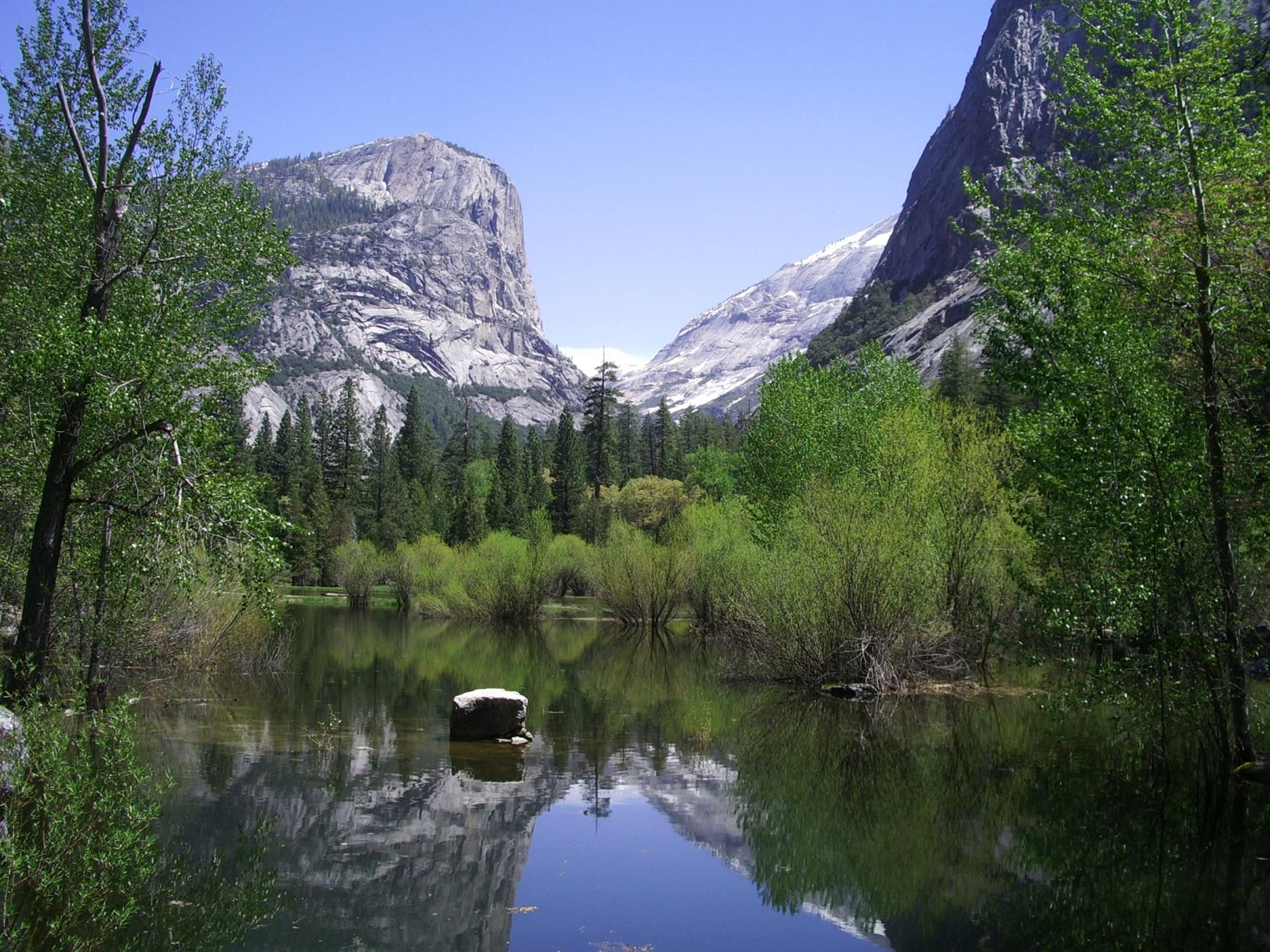 Cool wallpaper desk top wallpaper Yosemite Mirror Lake 1700x1275