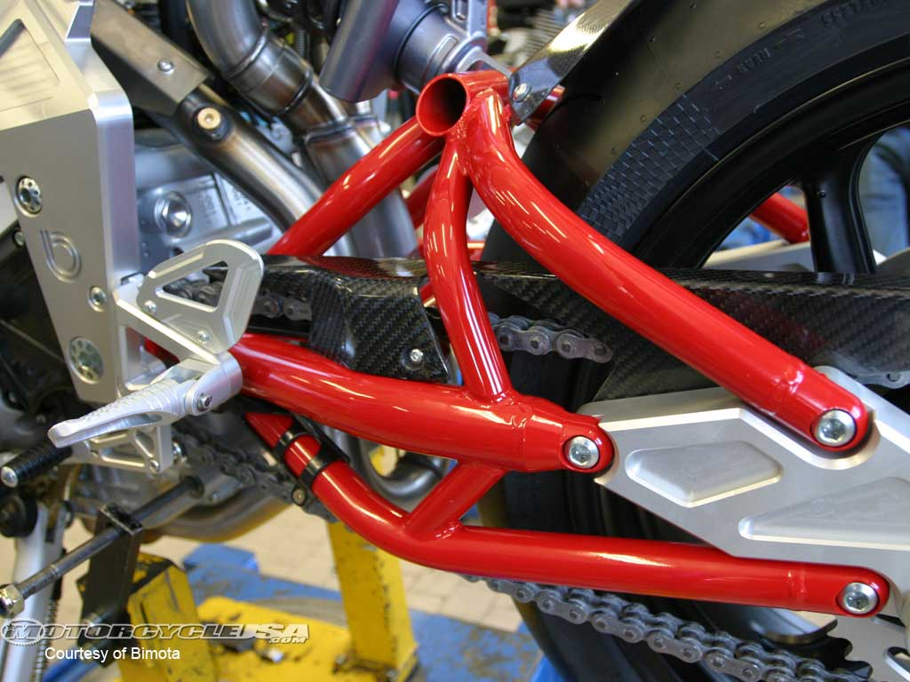 Ducati Paper Supplier Sponsors Streetfighter Wallpaper 1024x768