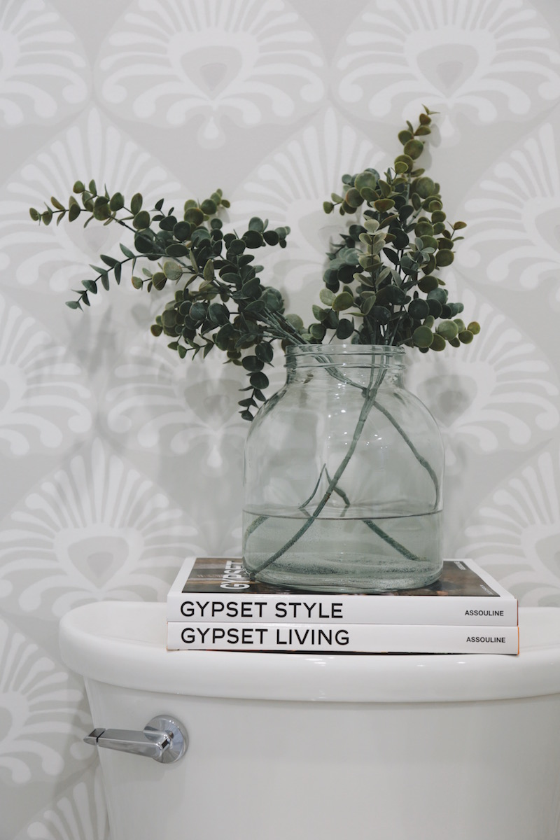 Gypset Living Gypset Style vase is old from Pottery Barn 800x1200