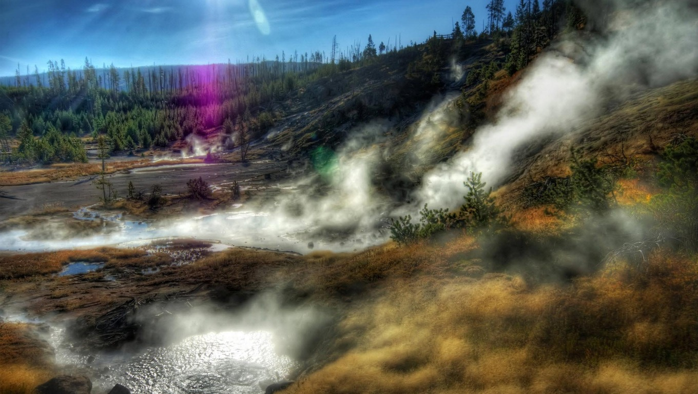 Yellowstone National Park Widescreen Wallpaper   1908 1360x768