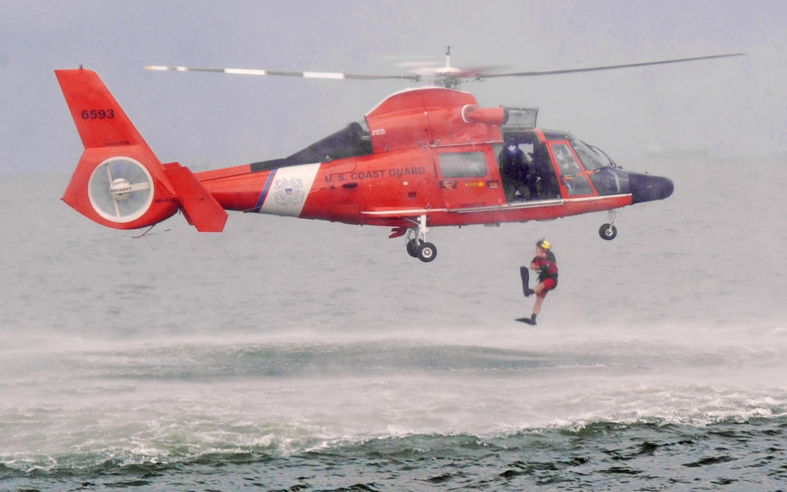 HH 65 Dolphin US Coast Guard Helicopter Wallpapers Desktop Wallpaper 1600x1000