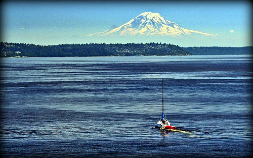 Mt Rainier and the Puget Sound Flickr   Photo Sharing 500x313