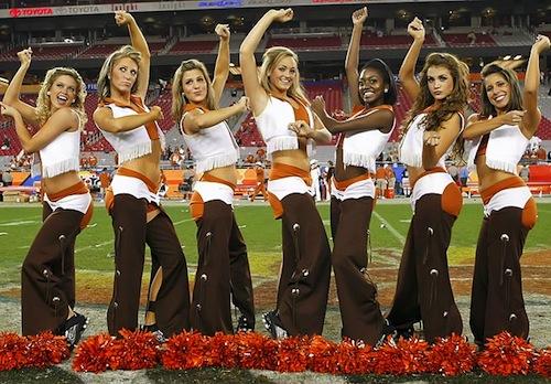 texas football cheerleaders 500x348