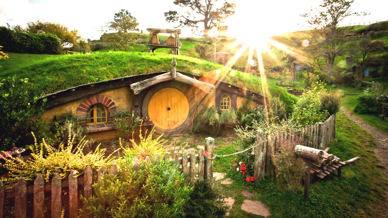 Hobbit Hole Hotel New Zealand
