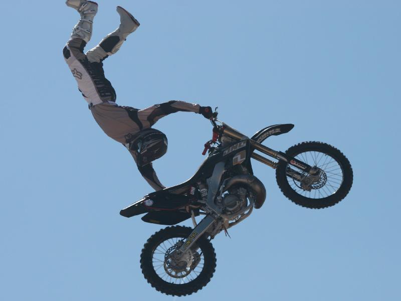 Freestyle motocross back flip wallpaper 800x600