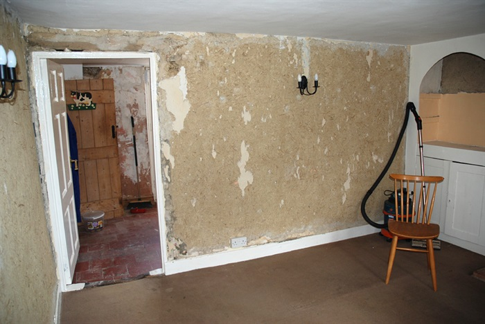 Why Prime Your Wall before Wallpapering TotalWallcovering 700x468